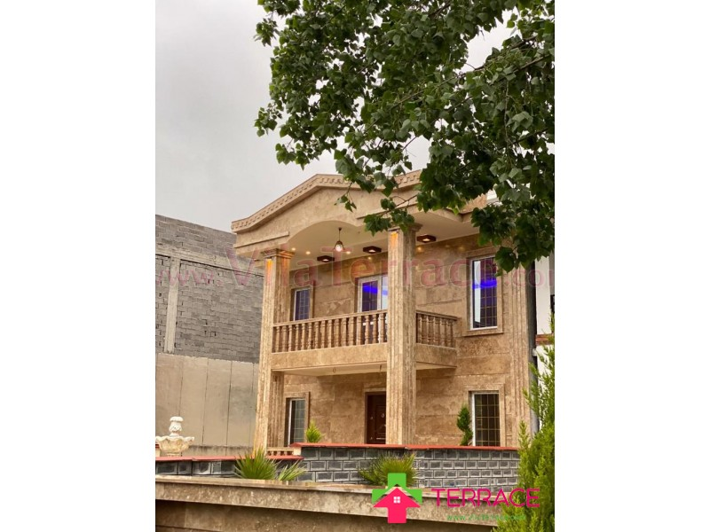 ویلا محمودآباد روستایی 290 متری کد 673